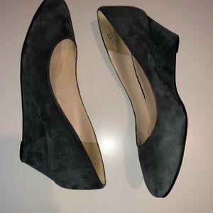 Nine West grey faux suede wedge